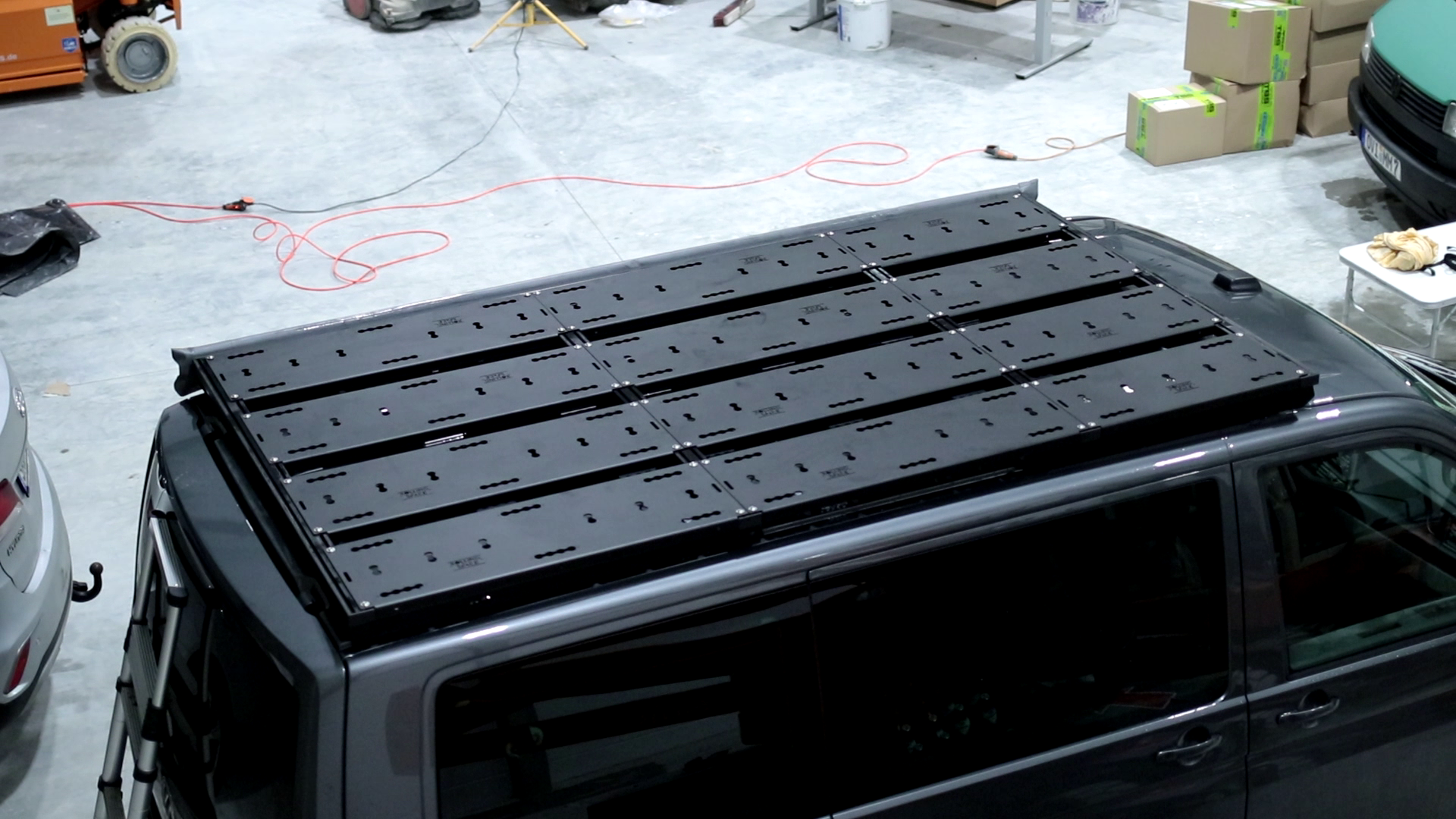 Dachträger VW T5 & T6 - SpaceRack modular | ultraflach | robust - C-Schiene - Vollträger